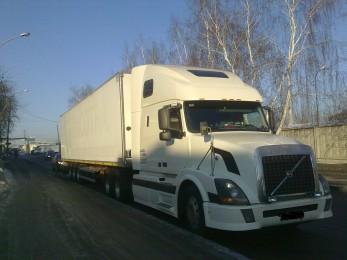 Автомобили изрук в руки Volvo FH12 Екатеринбург