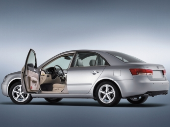 Автомобили изрук в руки Hyundai NF Sonata Екатеринбург