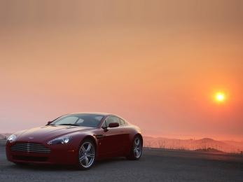 Подержанные авто Aston Martin V8 Екатеринбург